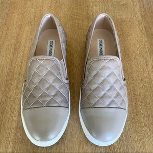 Steve Madden Beige Quilted Slip On Shoes 7